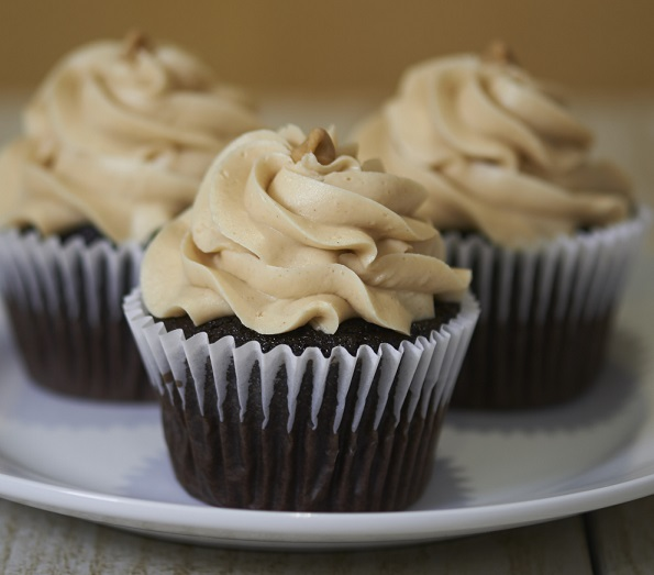 Chocolate Peanut Butter Cupcake