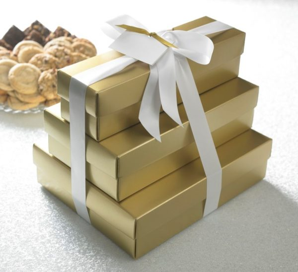 Gold or Red Select Ultimate Tower w/ 62 Cookies & 36 Brownies